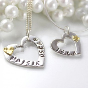 Buy personalised jewellery UK online at your convenience