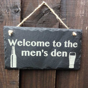 Top personalised slate signs that make a garden look charming