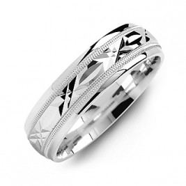 Classic Men's Ring with Diamond Cut Pattern