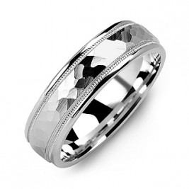 Matte Hammer-Cut Men's Ring with Milgrain Detail
