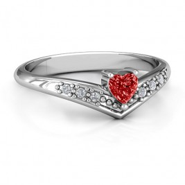 V-Accented Heart Ring