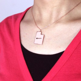 Custom Utah State Shaped Necklaces With Heart  Name Rose Gold