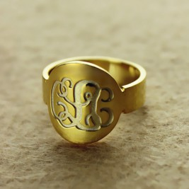 Engraved 18ct Gold Plated Script Monogram Itnitial Ring