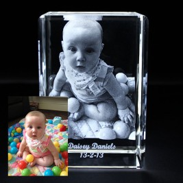 Rectangular Crystal With 2D/3D Photo Engraved