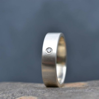 18ct Gold Handmade Mens Engagement Ring