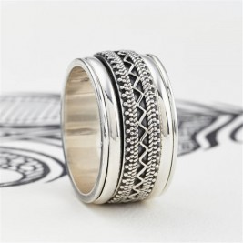 Mens Chunky Tribal Spinning Ring