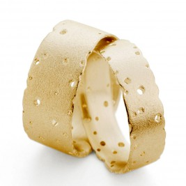 Patterned 18ct Gold Band