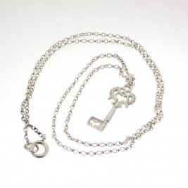 Silver Heritage Key Pendant With 18 Silver Chain