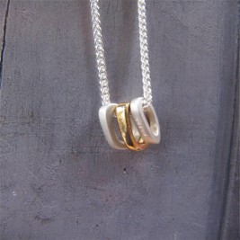 Silver Ovals Necklace With Gold